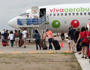 Viva Aerobus Un Peligro En El Aire El Blog De Merolico