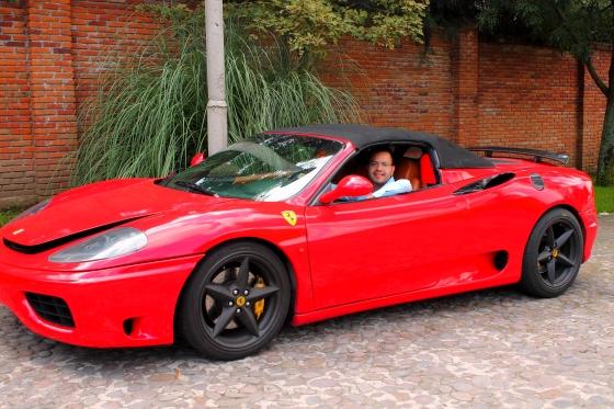 Manejo de Ferrari en D.F.